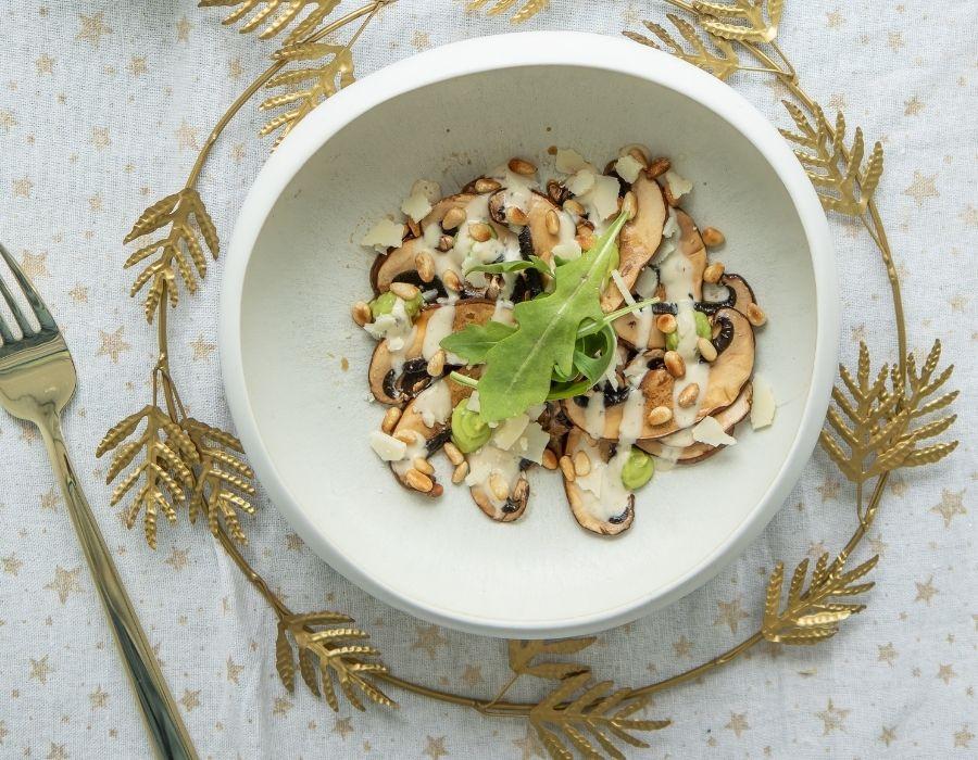Portobello carpaccio met Truffle Soy Sauce